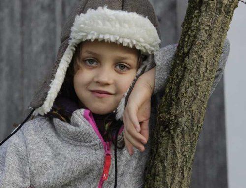 Trendi és hasznos – designer védősapka ami megkönnyítheti az epilepsziás gyermek életét